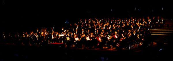 Immagine che raffigura un'orchestra
